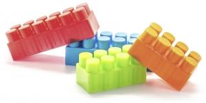 multi colored bulding block toys